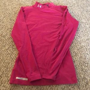Under armor cold gear medium fitted long sleeve